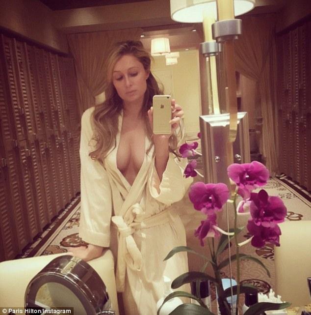 Paris Hilton: Autorretrato.