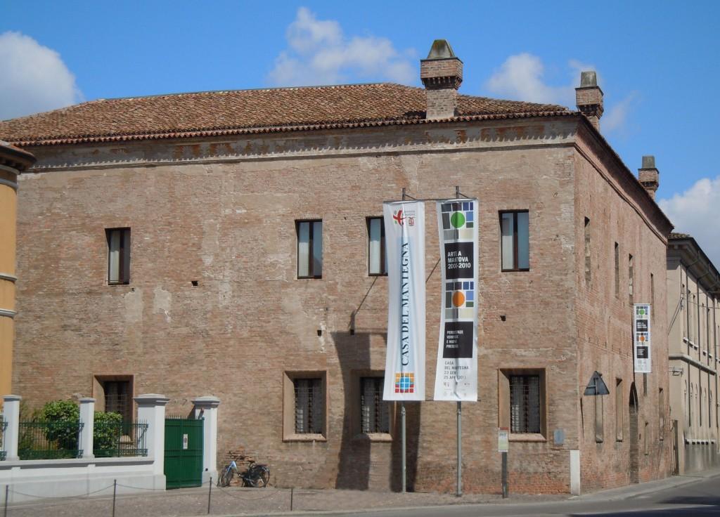 Mantova-Casa_del_Mantegna (1)