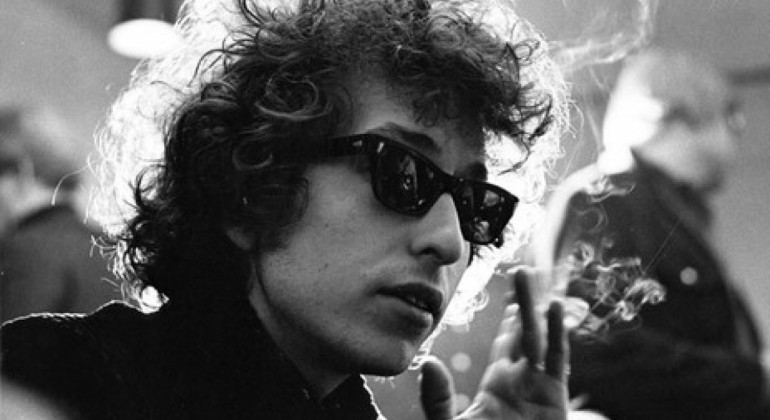 Bob Dylan y el Nobel de Literatura más insólito
